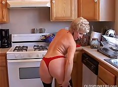 Grandmother in law Allyssa Pussy