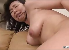 extremely hairy milf pussy licked and fingered