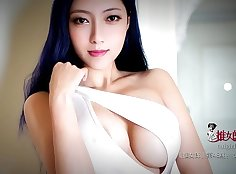 Chinese model banged by foreigner girlfriend