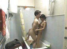 Amateur Horny Young Couple in Bathroom